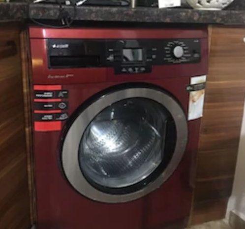 kullanılmış bordo renkli arçelik çamaşır makinesi